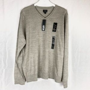 NEW APT 9 V neck sweater Large